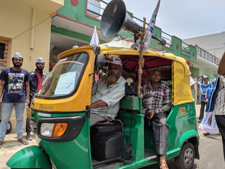 Mohammad Javeed has volunteered his auto for the AAP Karnataka campaign.