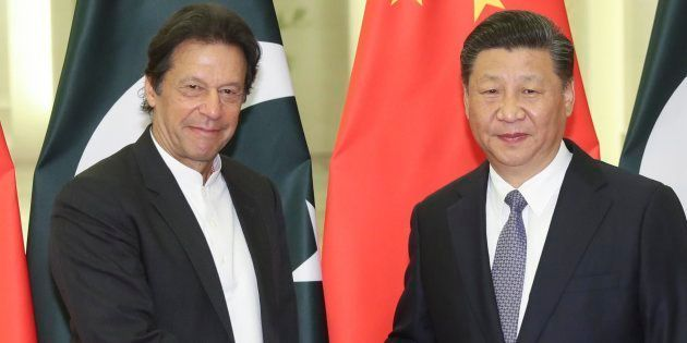 China's President Xi Jinping with Pakistan's Prime Minister Imran