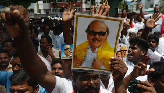 Remembering Karunanidhi: The Tamil Leader Who Saw Everything From Independence To Emergency, Nehru To