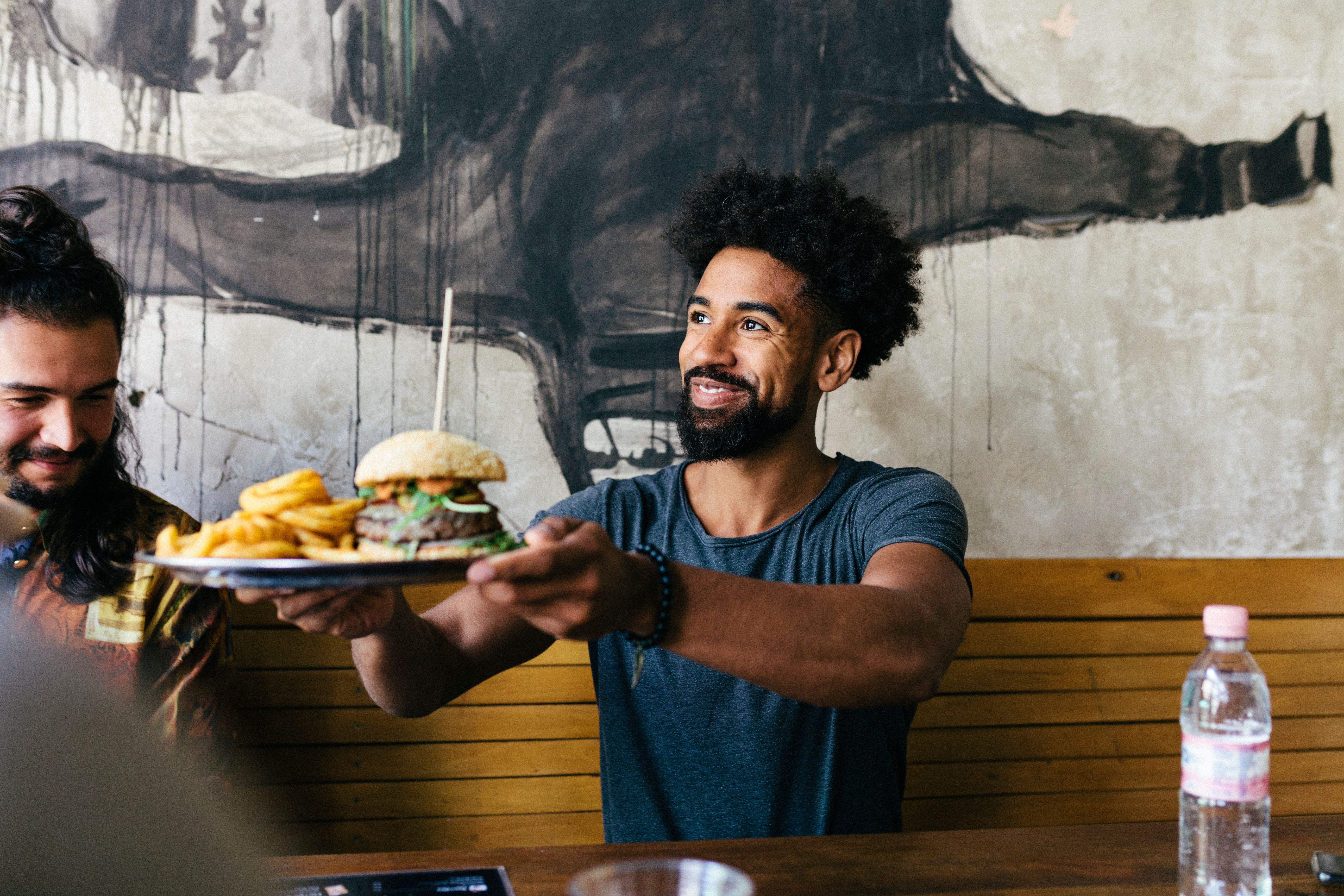 Restaurant meals less healthy than takeaways