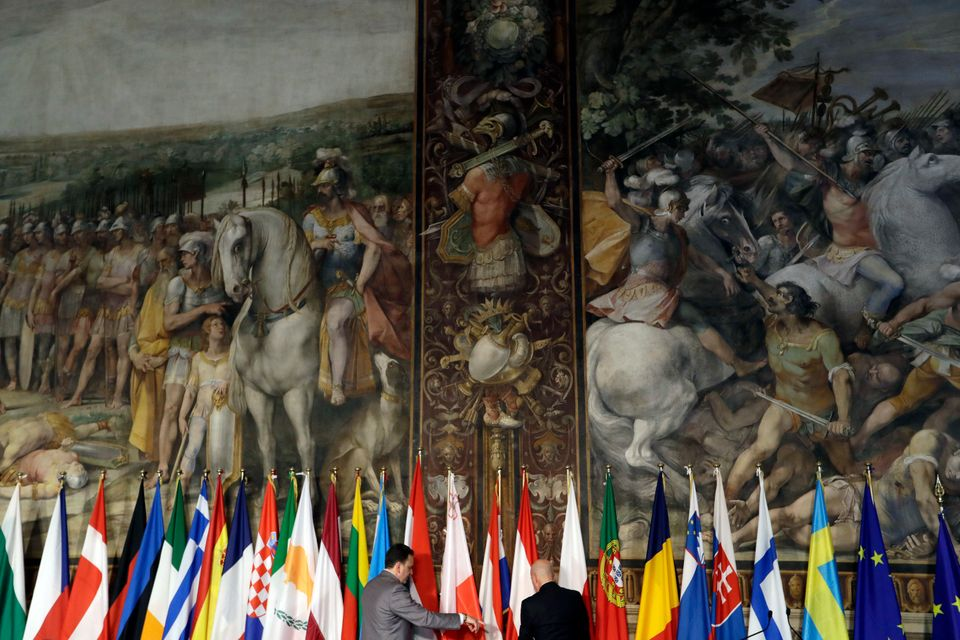 «Μένουμε Ευρώπη για να την αλλάξουμε από