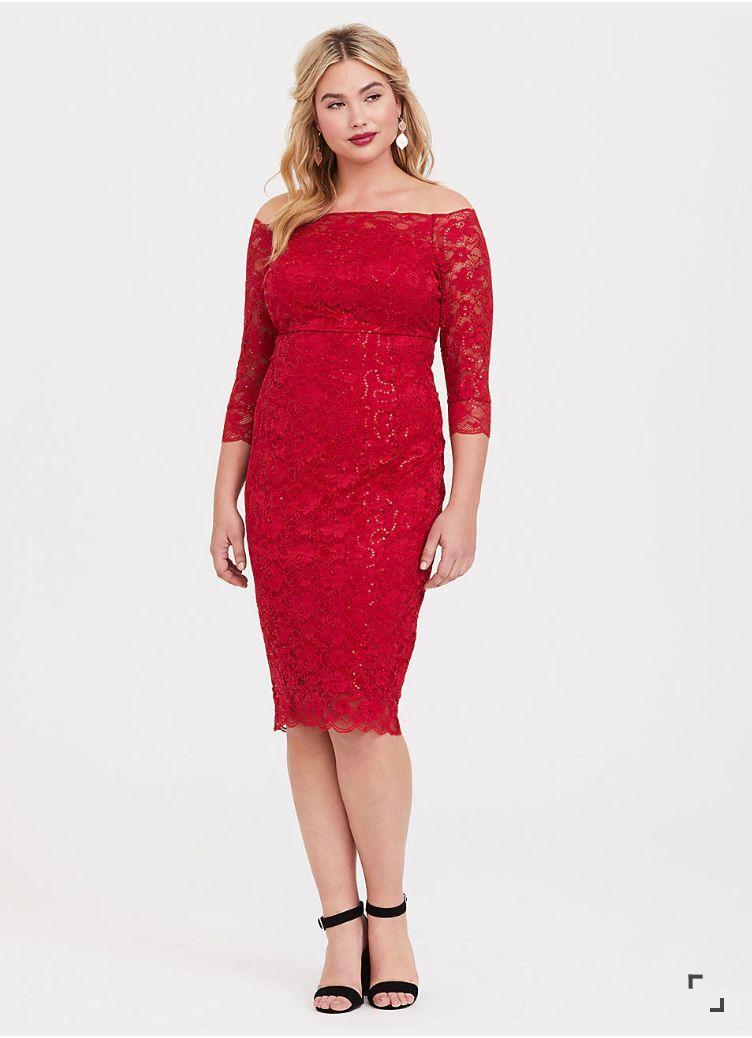 27eb1df089813 25 Plus-Size Holiday Dresses That ll Sleigh This Season