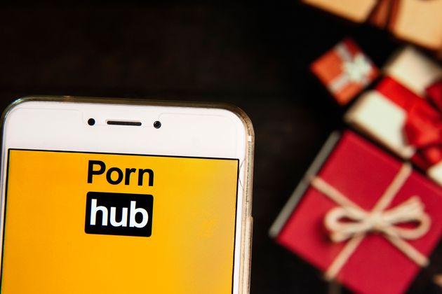 Pornhub 2018: Ποια κατηγορία πορνό προτίμησαν οι περισσότεροι - Τι είδαν μανιωδώς οι