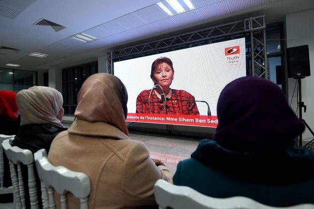 Amnesty International appelle le gouvernement tunisien à suivre les recommandations de
