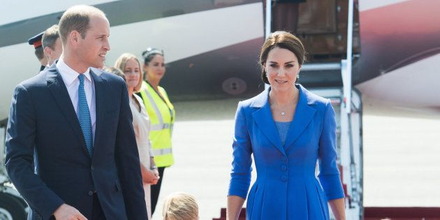 BERLIN, GERMANY - JULY 19:  Prince William, Duke of Cambridge, Catherine, Duchess of Cambridge, Prince George of Cambridge and Princess Charlotte of Cambridge arrive at Berlin military airport during an official visit to Poland and Germany on July 19, 2017 in Berlin, Germany.  (Photo by Samir Hussein/WireImage)