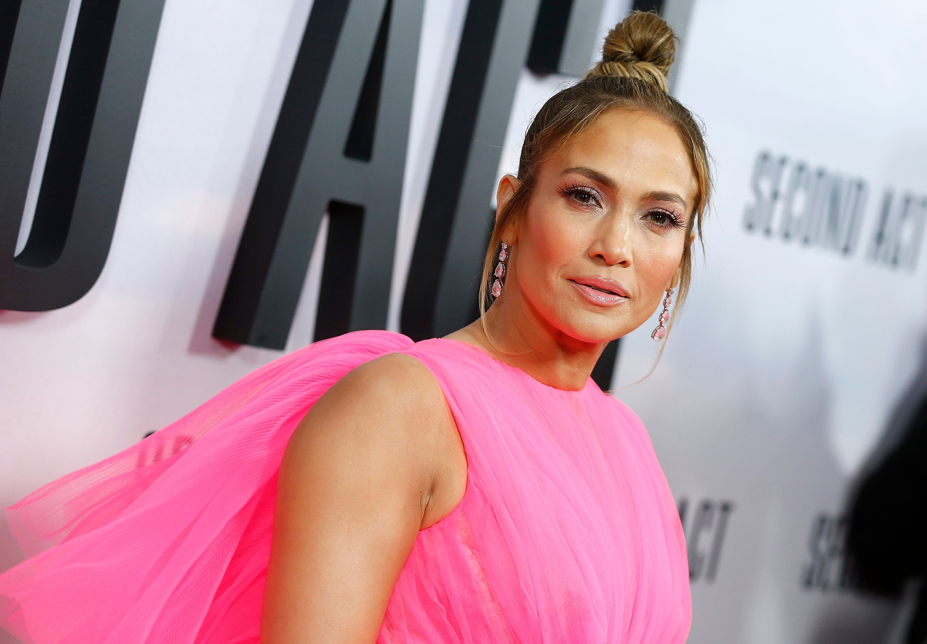 NEW YORK, NEW YORK - DECEMBER 12: Jennifer Lopez   attends  'Second Act' World Premiere at Regal Union Square Theatre, Stadium 14 on December 12, 2018 in New York City. (Photo by John Lamparski/WireImage)