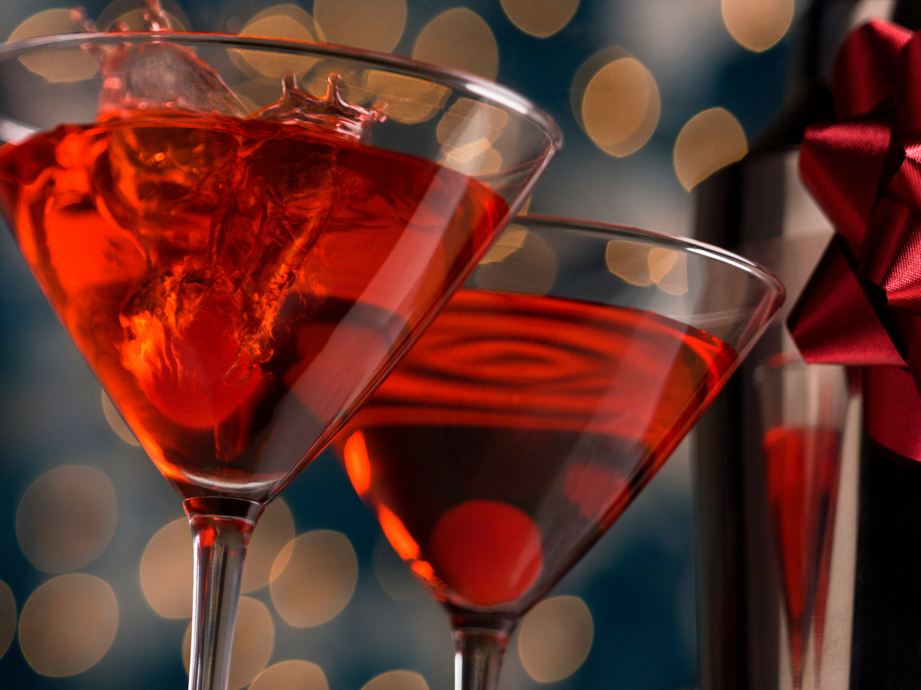 This Cocktail Tweak Can Keep Your Alcohol Consumption In