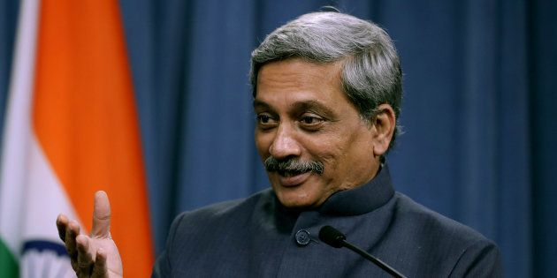 Defence Minister Manohar Parrikar Flaunts The Swag, Says He Dresses Better Than His