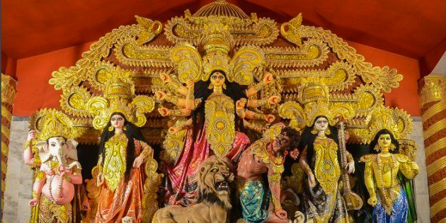 This Durga Puja Pandal In Delhi Paid Tribute To Victims Of Paris