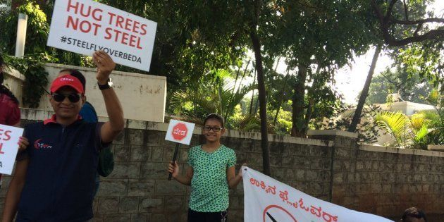 Over 3,000 Participate In Human Chain To Protest Against Steel Flyover In