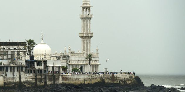 Haji Ali Dargah Trust Tells Supreme Court They're Ready To Give Equal Access To Women In Sanctum