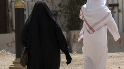 Saudi Man Dumps Bride For Posting Wedding Images On