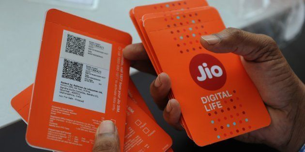 The Morning Wrap: MP Govt Orders Probe Into Jailbreak; Reliance Jio Accuses Airtel Of Violating