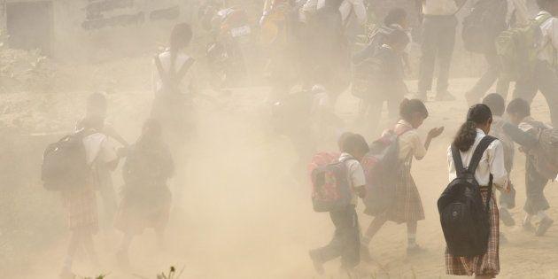 1,800 Schools Shut As Delhi Chokes On