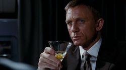 뉴질랜드 학자들이 제임스 본드의 알콜중독상태를