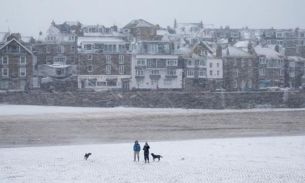 UK Weather: Met Office Issues Amber Warning Ahead Of Icy
