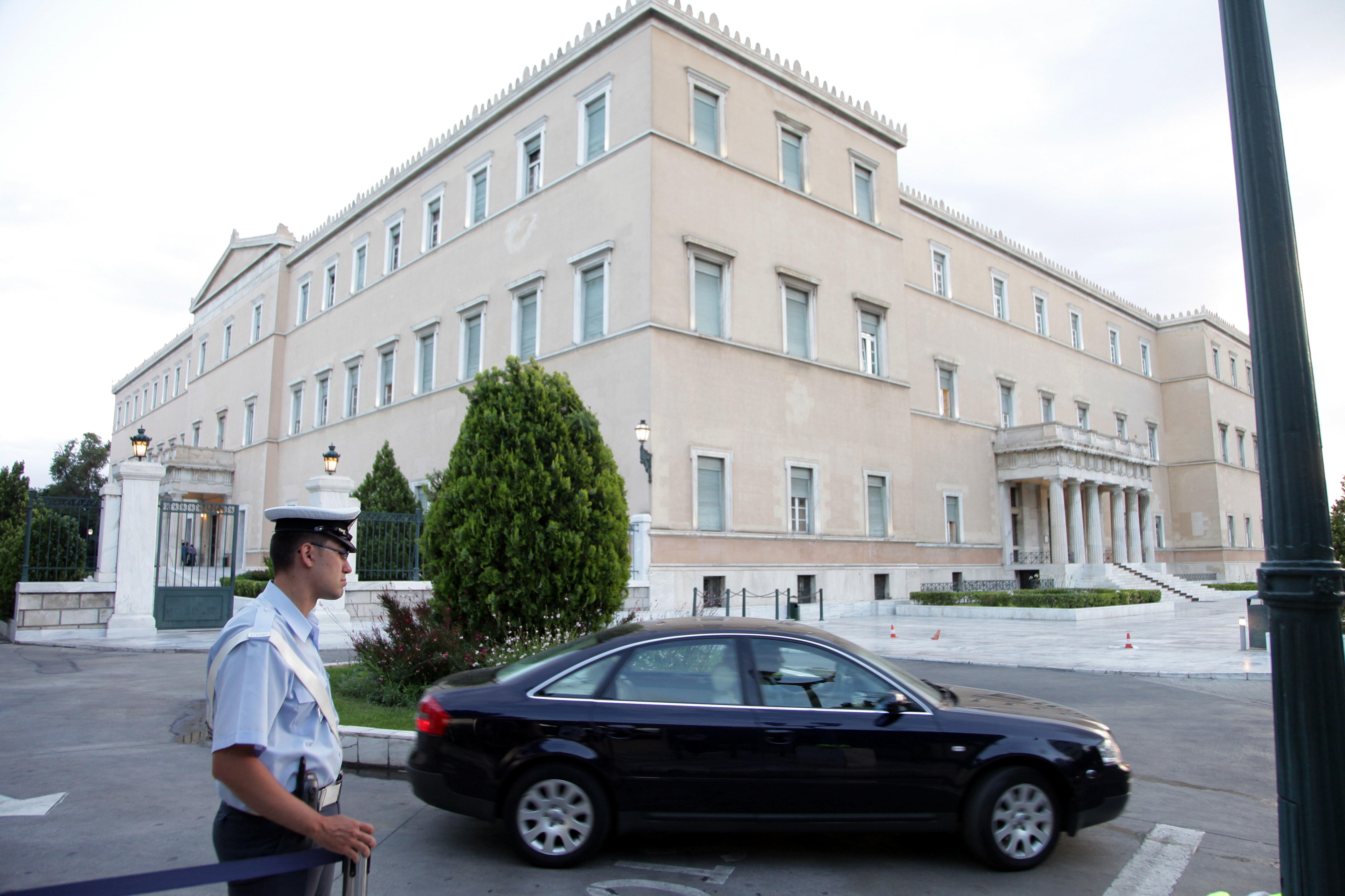 Ακόμα μία σύλληψη… φοροφυγά στη Βουλή