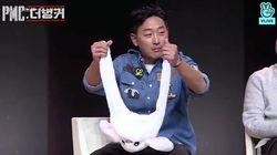 하정우에게 '토끼 모자'를 선물하자 벌어진