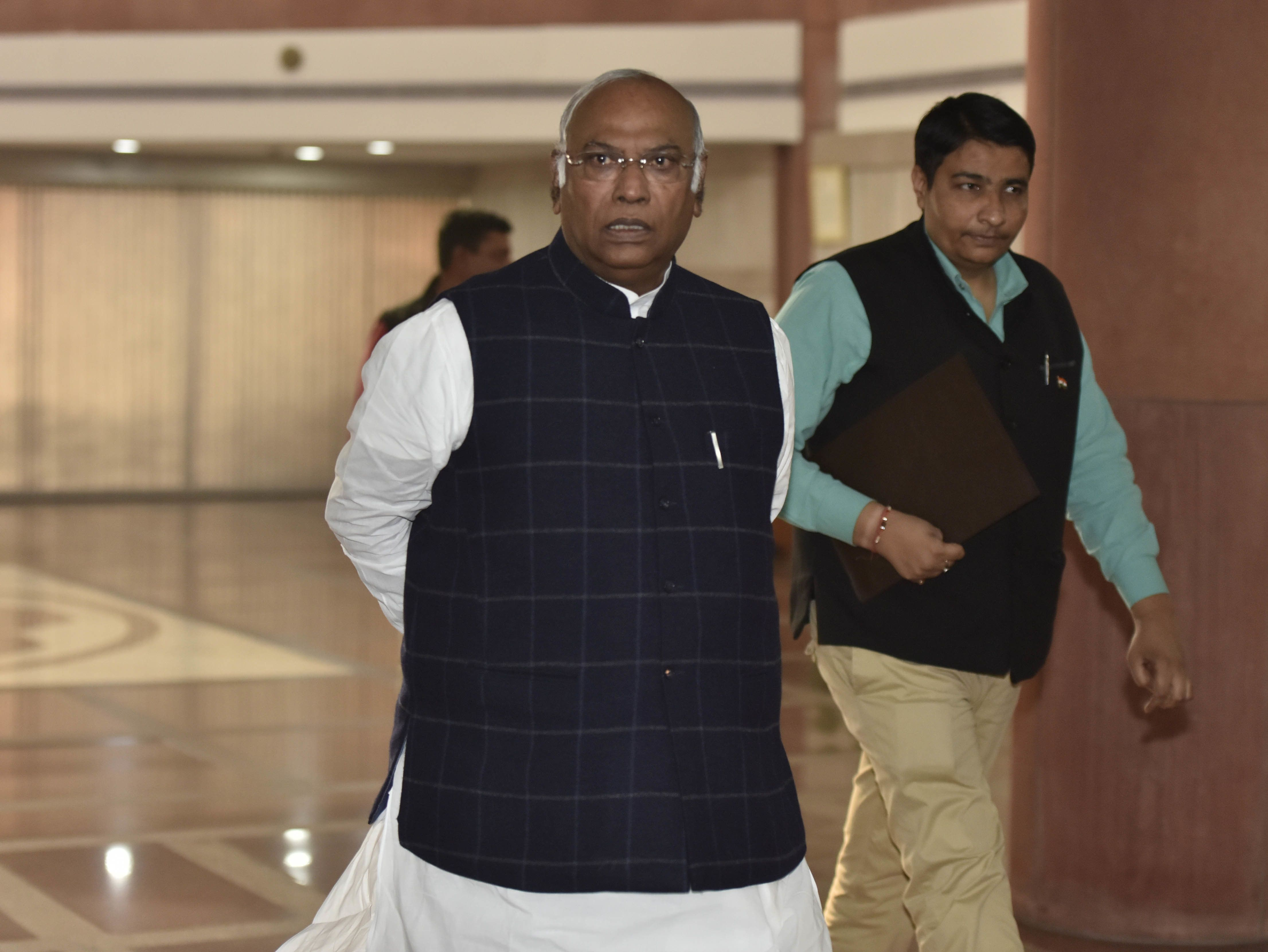 Rafale: Mallikarjun Kharge Accuses Govt Of 'Misleading' Supreme