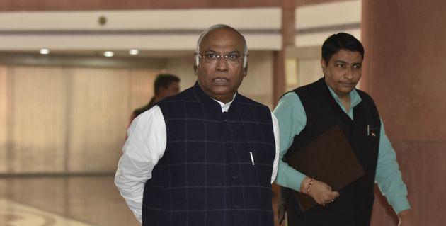 Rafale: Mallikarjun Kharge Accuses Govt Of 'Misleading' Supreme