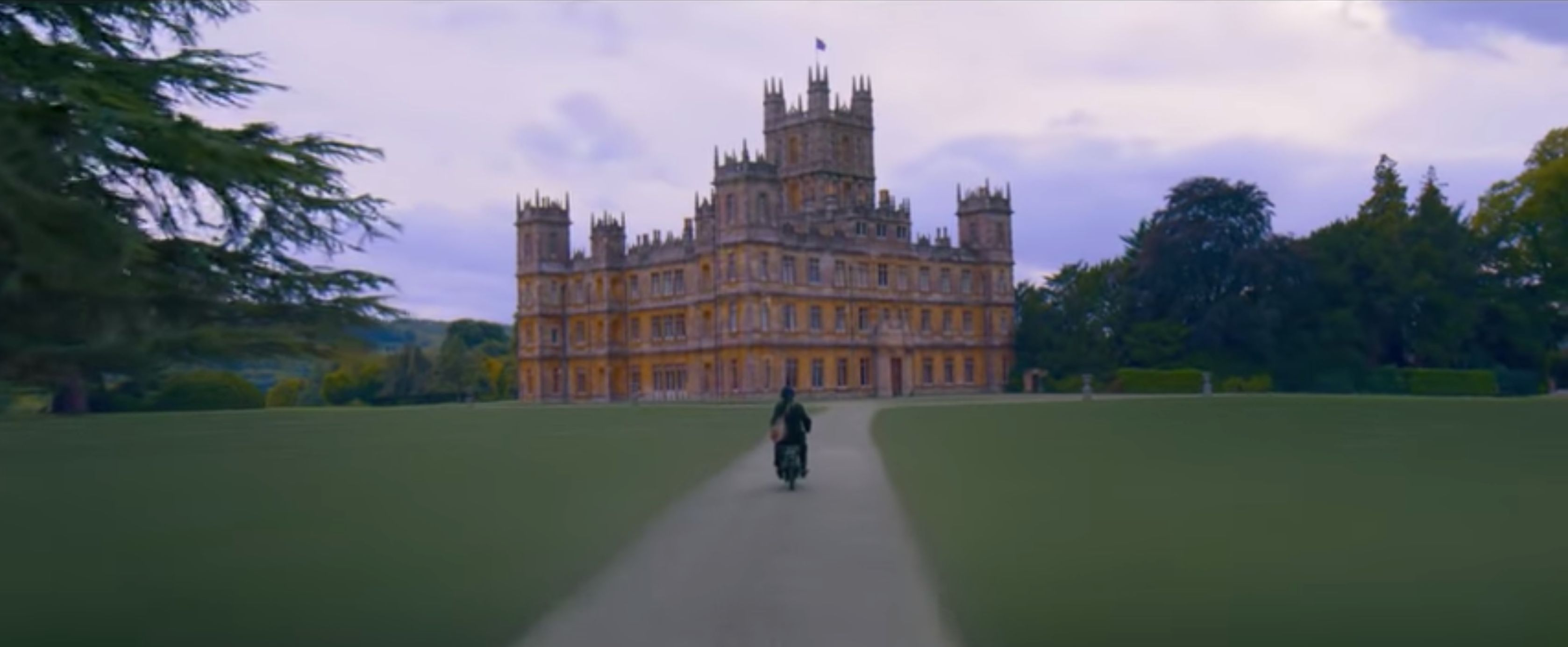 The First 'Downton Abbey' Movie Trailer Is Here, And It's