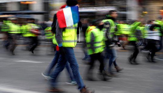 """""""Gilets jaunes"""": début de l'acte V dans le calme, mobilisation test pour le"""