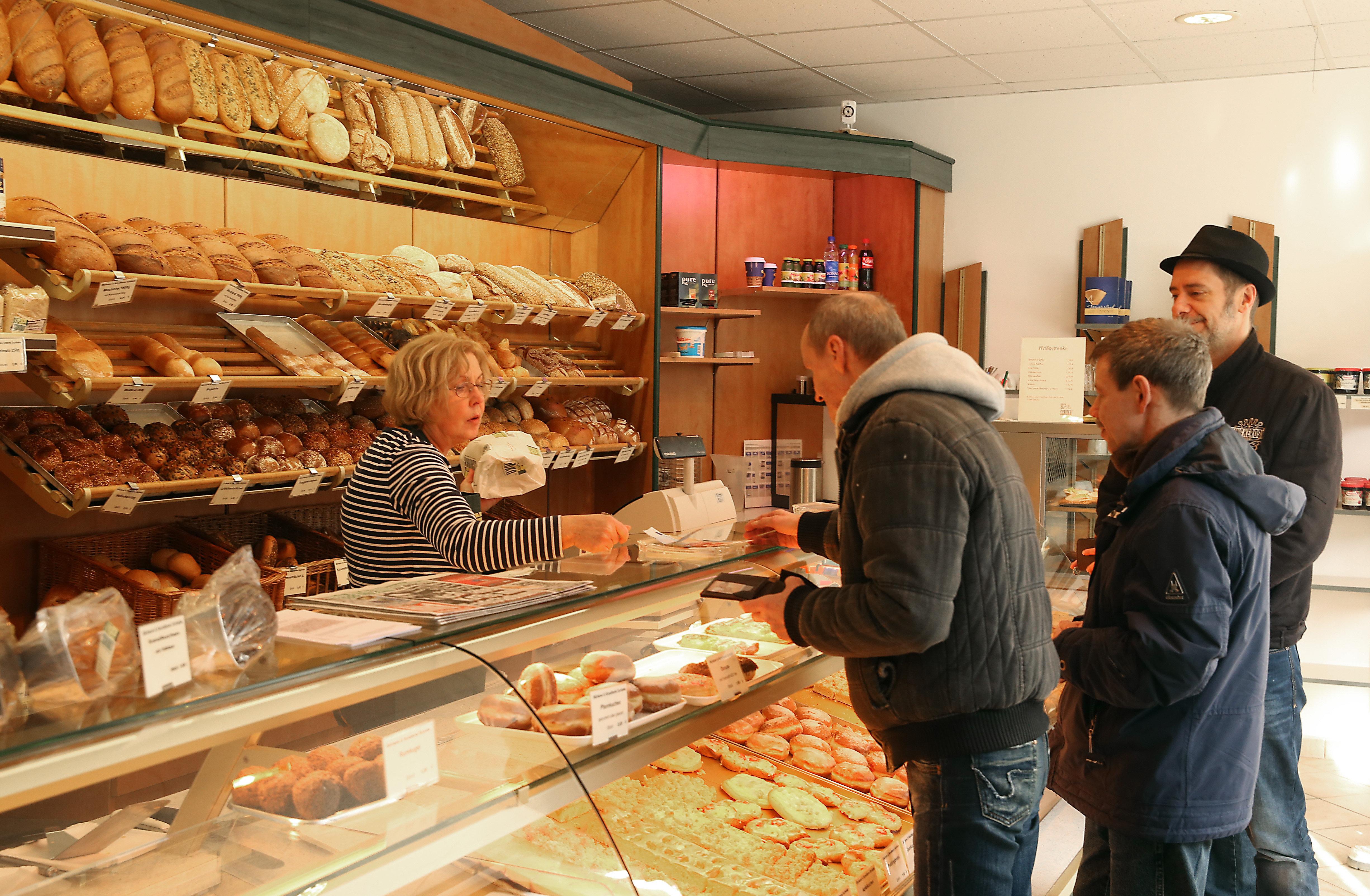 Bäckerei-Experte: Deshalb ist das Arbeiten mit Handschuhen