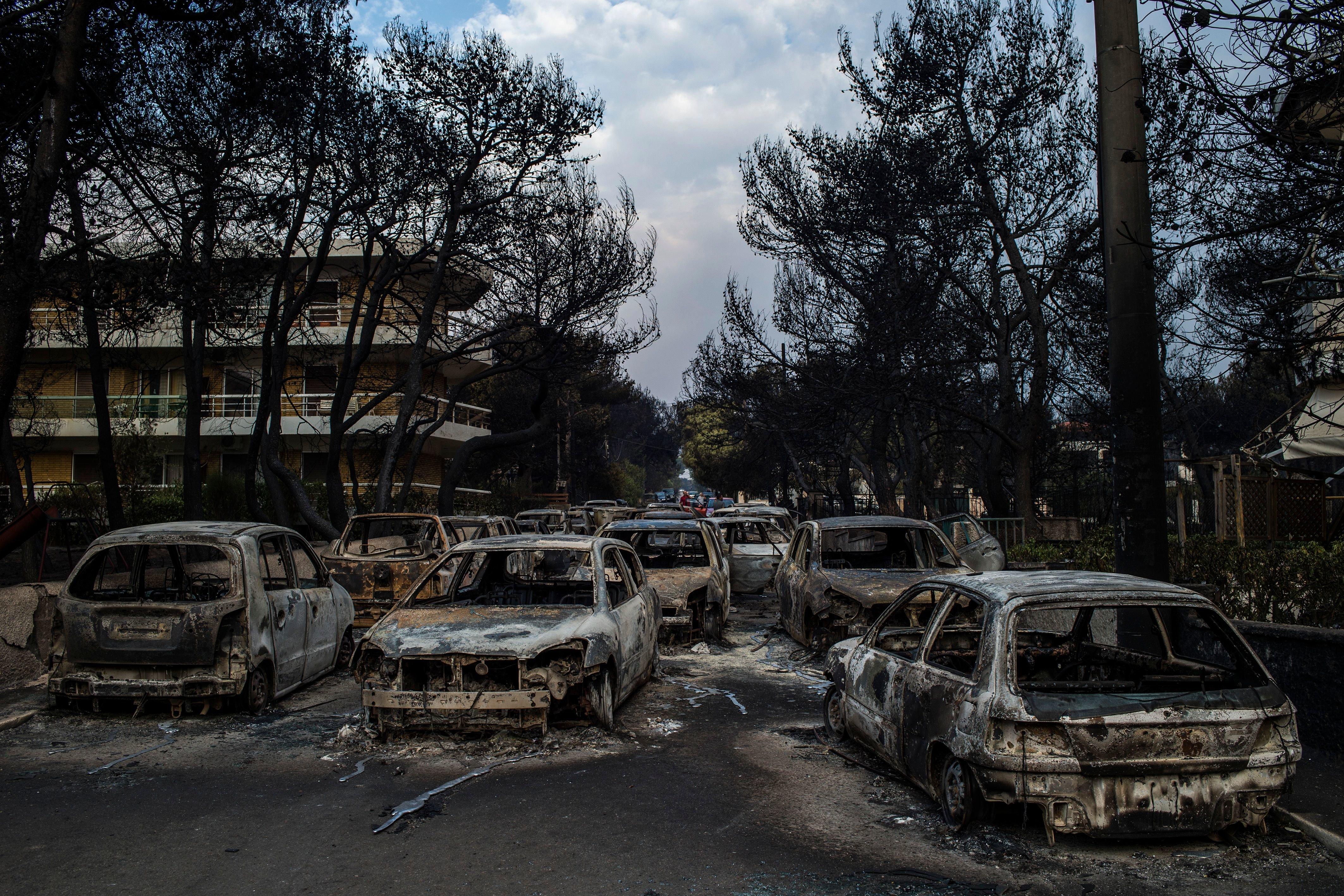 Στους 100 οι νεκροί από την πυρκαγιά στο Μάτι - υπέκυψε