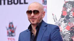 Ο Pitbull διασκευάζει το «Africa» των Toto και το Τουίτερ το