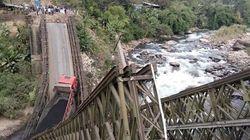 미얀마 북부지역의 다리가 처참하게