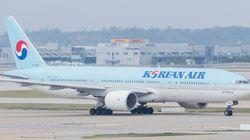아이돌 극성팬 때문에 360명의 비행기 승객이 다시 짐 검사를