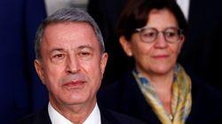 Τούρκος ΥΠΕΘΑ: Θα προστατεύσουμε τα συμφέροντά μας σε Αιγαίο και