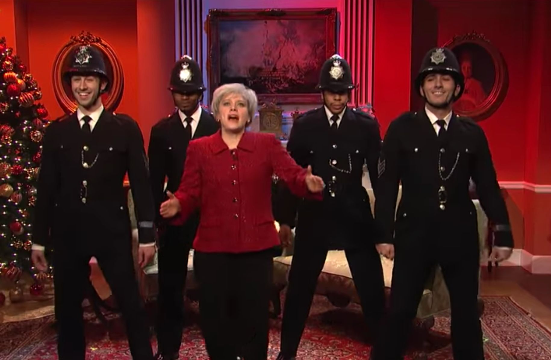 Saturday Night Live In America Mocks Theresa May Mercilessly In 'Happy Christmas, Britain'