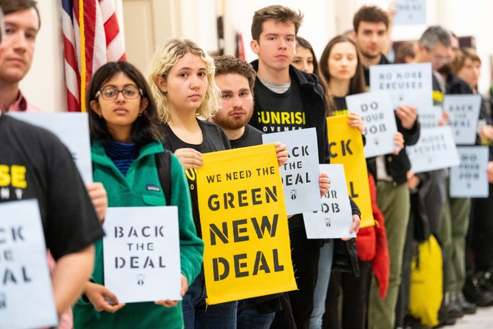 Youth protesters organized by the progressive groups Sunrise Movement and Justice Democrats propelled the Green New Deal into
