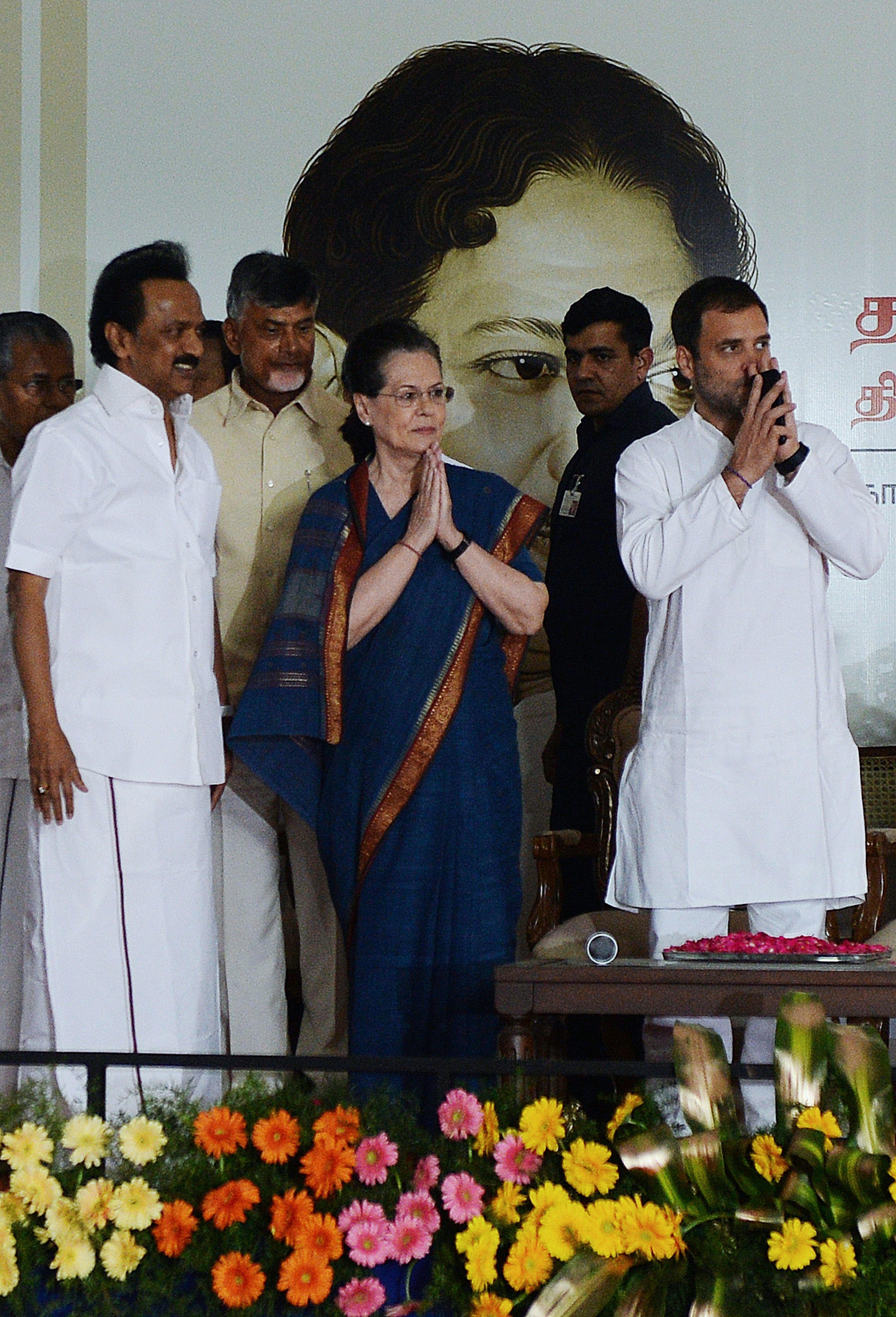 DMK President MK Stalin (left) with Sonia Gandhi and Congress President Rahul Gandhi on