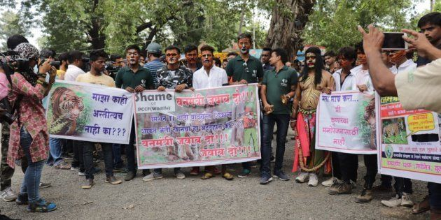 Wildlife activists protest in Nagpur against the forest department's move to rope in hunter Khan to track