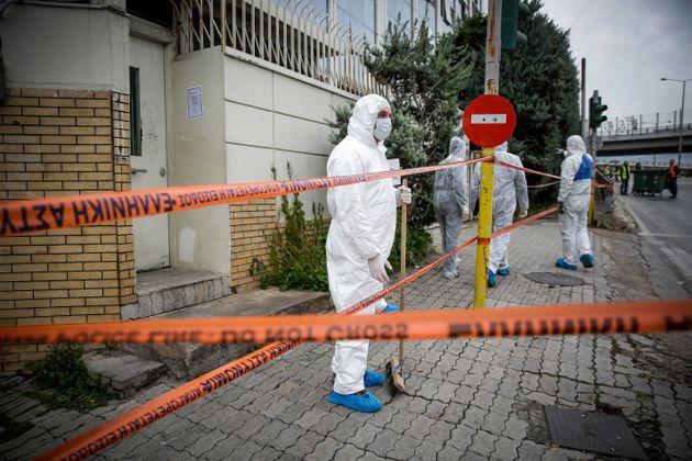Στον ΣΚΑΪ μετά την τρομοκρατική επίθεση ο ΠτΒ, Νίκος Βούτσης - Καταδικάζουν τα