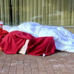 Hotel Cancels Christmas Day Booking For 28 Homeless