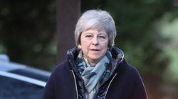 Brexit: Theresa May toutes griffes dehors contre un second