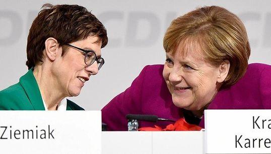 """""""Genießt Merkel"""": US-Magazin beschreibt Untergangsszenario, wenn AKK Kanzlerin"""