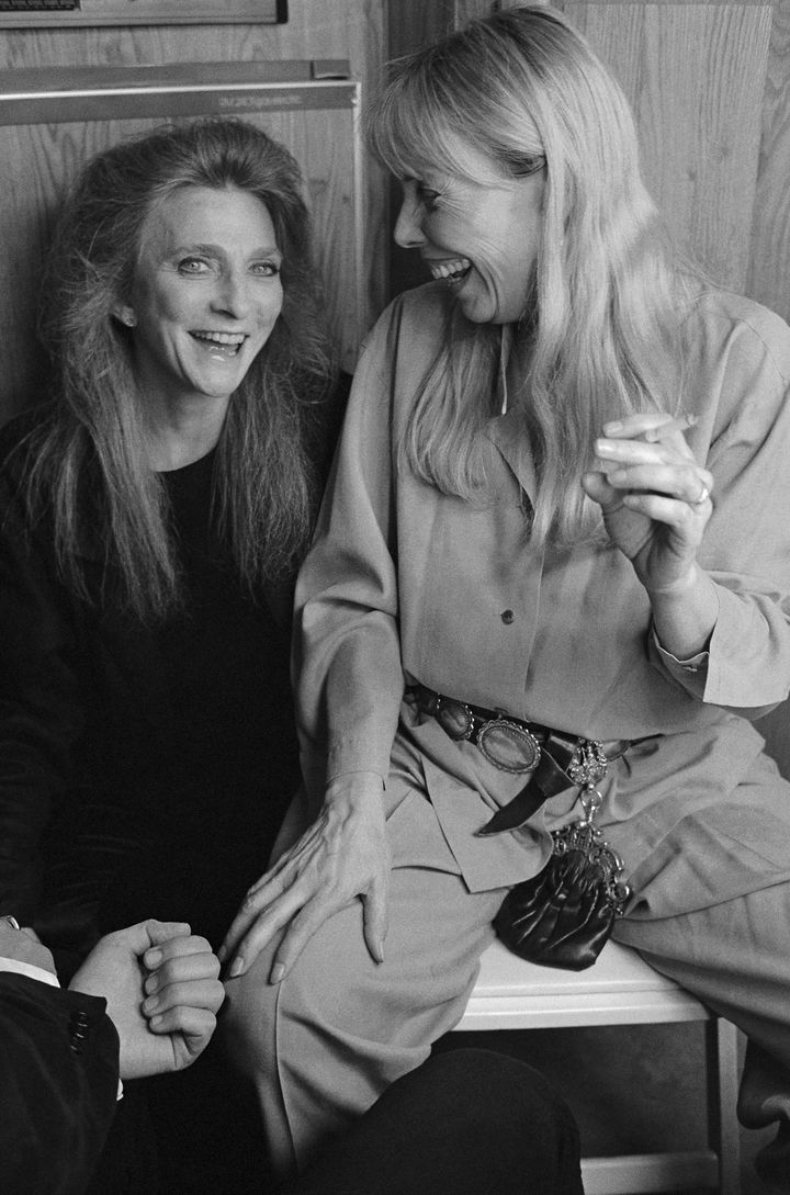 Judy Collins and Joni Mitchell at the Troubadours of Folk Festival in 1993.