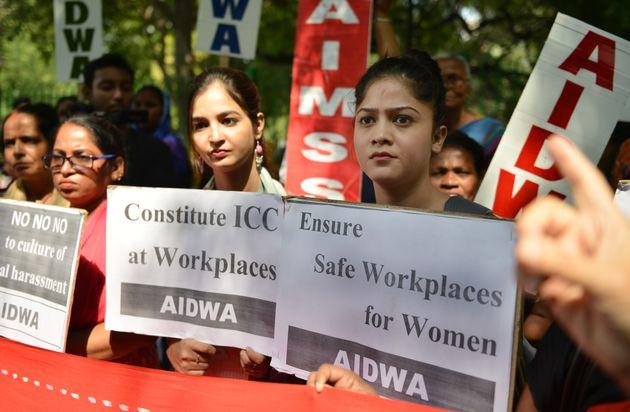 2018년 10월 12일 뉴델리에서 '여성에 대한 일터에서의 성폭력을 추방하자'며 열린