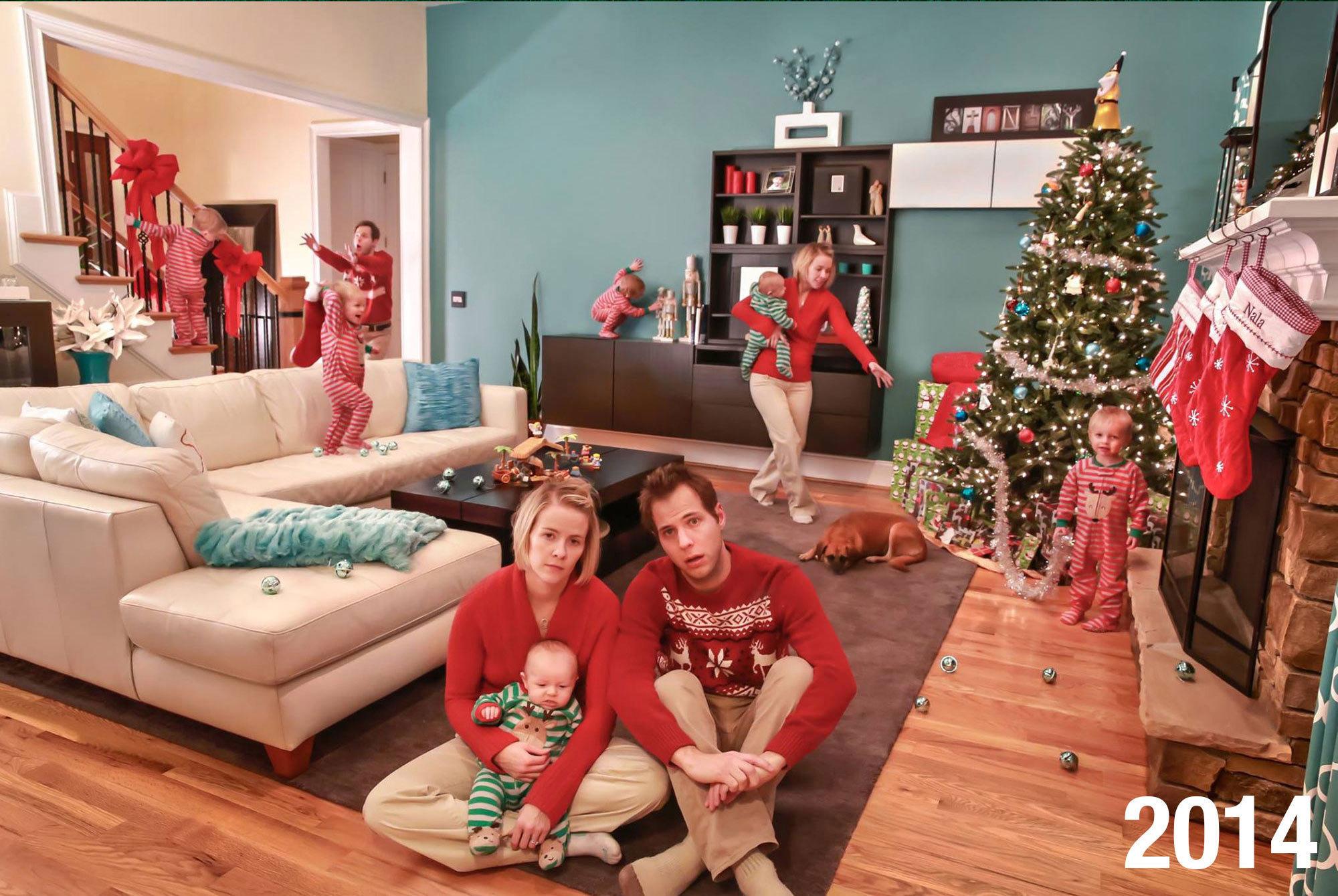 이 가족은 '전통적인' 가족사진 크리스마스 카드 대신 현실을 그대로