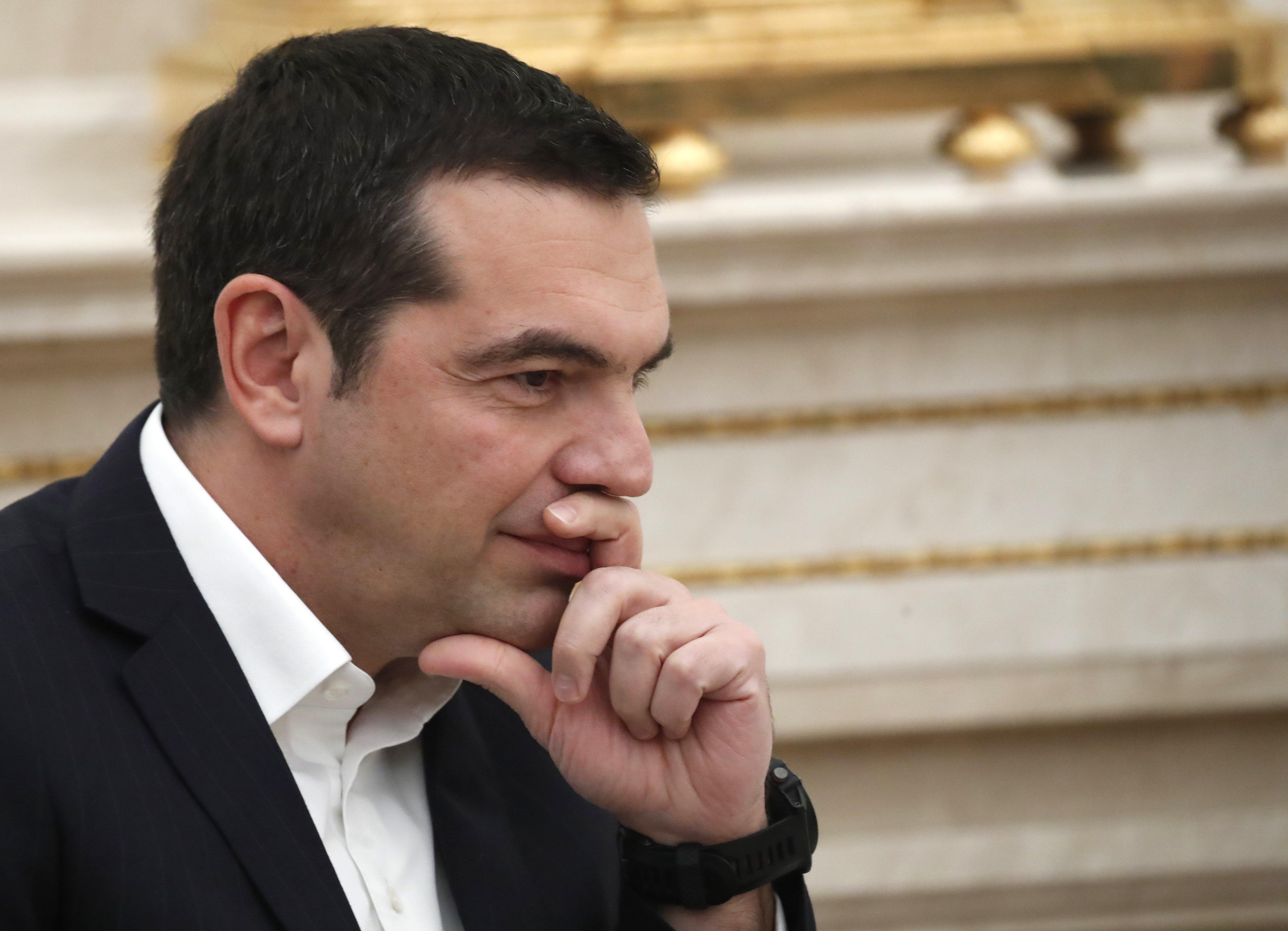 Ο Τσίπρας θέλει να πλειοψηφία άνω των 153 βουλευτών και ξεκινά με αυτούς της Ένωσης