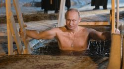 Shirtless Vladimir Putin Calendar Is No. 1 With Japanese