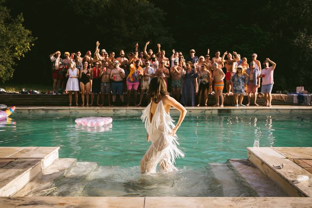 The Best Wedding Photos Of 2018 Are All Kinds of