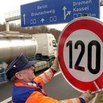 Tempolimit 120: Deutsche Umwelthilfe holt zum nächsten Schlag