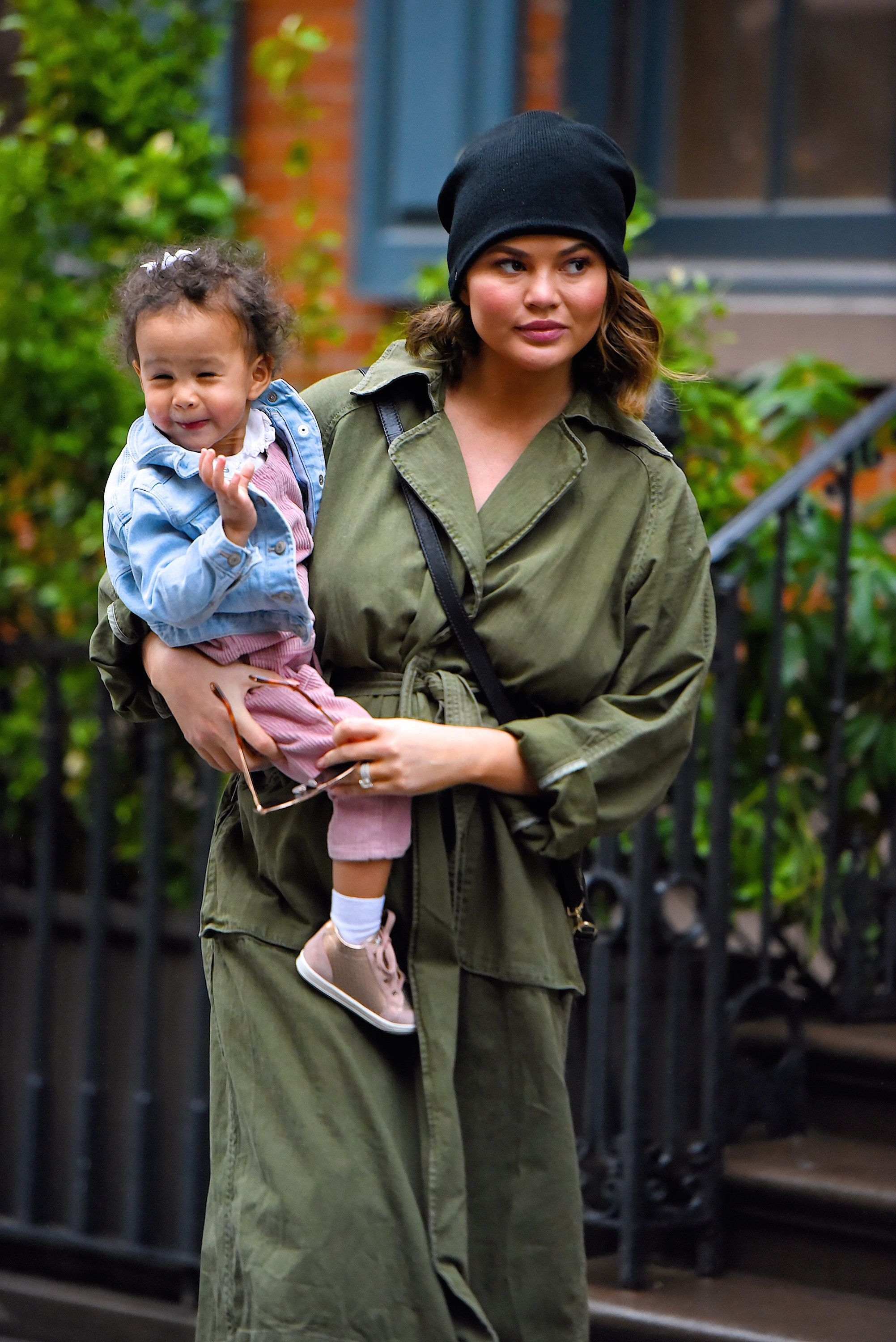 NEW YORK, NY - FEBRUARY 22:  Chrissy Teigen and and her daughter Luna Legend seen out shopping in Manhattan on  February 22, 2018 in New York City.  (Photo by Robert Kamau/GC Images)
