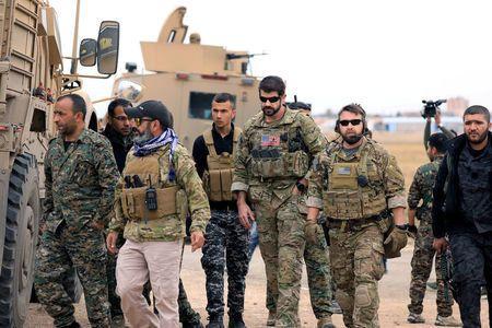 Σύροι και αμερικανοί...