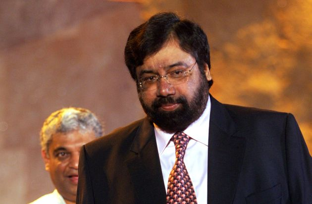 Industrialist Harsh Goenka Gets A Smackdown On Twitter For Farm Loan